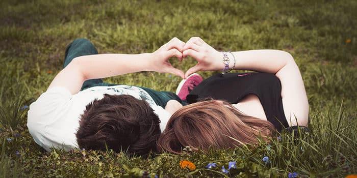 Les 3 signes astrologiques les plus chanceux en amour !